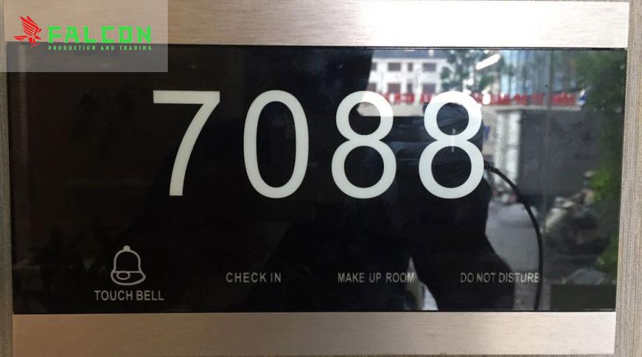 Biển số phòng điện tử
